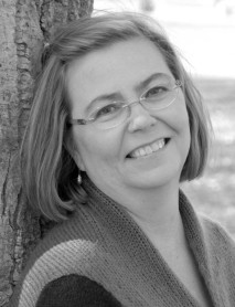 Author Lynn Dove
