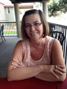 Lynn Dove - blogger