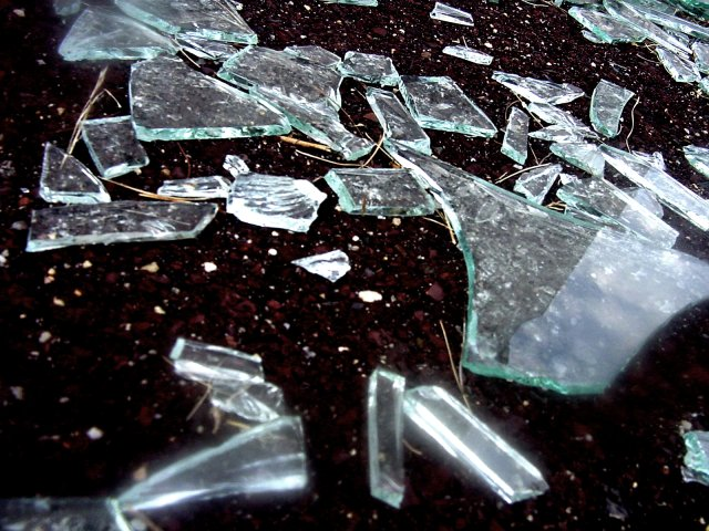 broken_glass_s